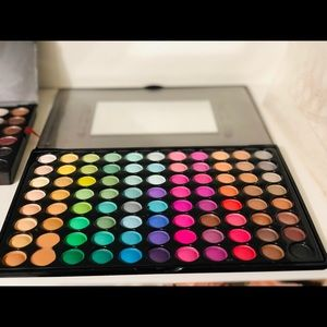 208 Eyeshadow Colors by Sedona Lace (3 Trays)